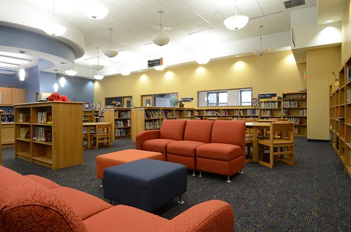 School-17-Classroom-Library 1